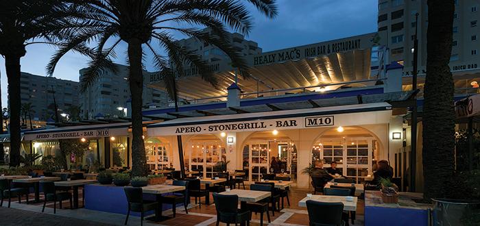 Bar Grill M10
