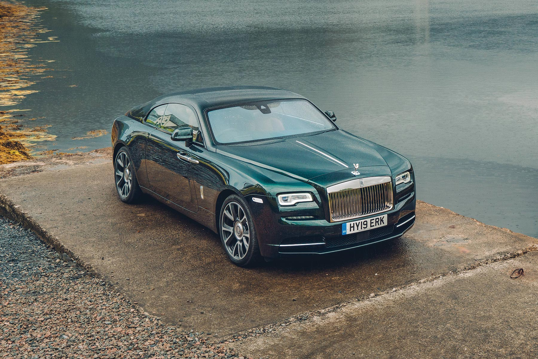 2020 Rolls Royce Wraith Black Badge Essential Marbella Magazine